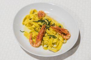 Specialità Pesce Piacenza 6 300x200 - Menù